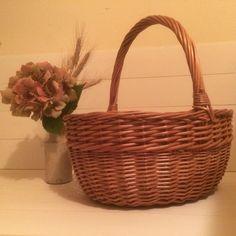 Vintage wicker basket,fruit picking,Autumn harvest,foraging,shopping,hamper basket, by florencemabel on Etsy