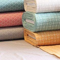 Wunderschöne Baumwolljerseys mit wohlklingenden Namen wie Chunilo, Dotty und Clea..