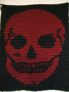 Crochet Skull Tapestry, Smith , What do you think as a throw blanket? Crochet Home, Knit Or Crochet, Crochet Granny, Crochet Crafts, Crochet Stitches, Crochet Projects, Crocheted Afghans, Crochet Skull Patterns, Holiday Crochet Patterns