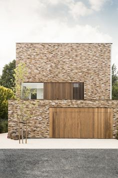 Projects, house H Minimalist Architecture, Facade Architecture, Residential Architecture, Brick Facade, Facade House, Modern Exterior, Exterior Design, Brick And Wood, Small Buildings