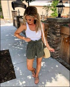 Women Summer Outfits That Always Looks Fantastic - Page 23 of 55 - SooPush - Summer outfits, women fashion outfits, summer wear clothing, summer dresses - Summer Fashion Trends, Summer Fashion Outfits, Summer Outfits Women, Casual Summer Outfits, Cute Fashion, Look Fashion, Stylish Outfits, Spring Outfits, Cool Outfits
