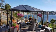 Slik lager du et blomstertårn - viivilla. Lyon, Gazebo, Outdoor Structures, Interior, Omega 3, Outdoors, Gardening, Christmas, Xmas
