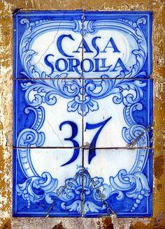 Madrid Azulejos 6 Casa Sorolla 2009 by Arnim Schulz, favorite color!