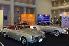 Mercedes 190 SL (1957) and BMW 503 Coupe (1956) at the 30th Thailand International Motor Expo 2013