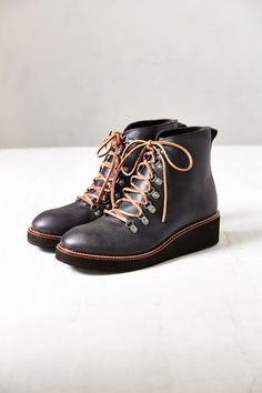 Ecote Snuffy Hiker Boot - Urban Outfitters