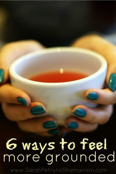 The benefits of grounding are numerous: more clarity of mind, increased feelings of security in the present moment, calmer and more peace of mind. Weight Loss Tea, Weight Loss Detox, Best Weight Loss, Sup Yoga, Spiritus, Best Tea, Detox Tea, Body Detox, Tea Recipes