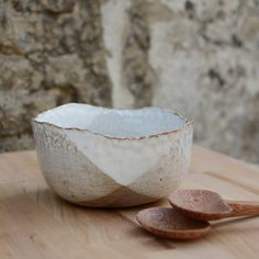 Hand moulded salad bowl by nom living