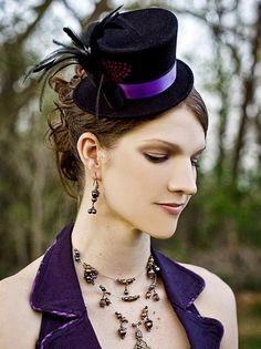 35 Steampunk Wedding Accessories For Brides And Bridesmaids | HappyWedd.com