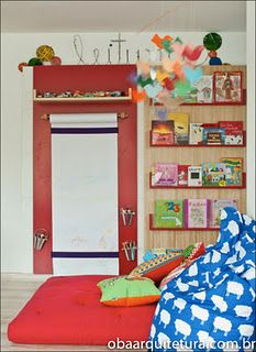 like the bookcase with a contrasting wood at the bottom