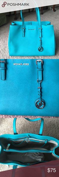 Michael Kors Jet Set Slightly used, medium size, teal jet set purse! Michael Kors Bags Totes