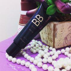 """Fim de semana tbm te blog atualizado lindezas! ✨ Mais uma resenha de úmidos produtos que uso no dia a dia """"BB Cream Natura Una"""" corre la pra ver  Ta no frescachic  frescachic.blospot.com  #frescachic #blogger #cuidadoscomapele #naturauna #bbcream #maquiagem #makeup #modaparameninas #resenhadodia #feminices"""