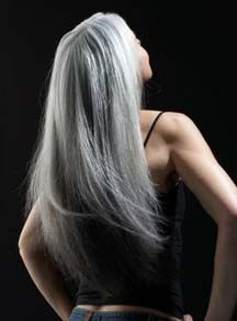"""""""Gray hair is a crown of glory;"""" ~Proverbs (ESV) I think long gray hair hair looks beautiful, like Mrs. would look gorgeous with gray hair too :) Long Gray Hair, Silver Grey Hair, Silver Color, Styler Ghd, Yasmina Rossi, Natural Hair Styles, Long Hair Styles, Ageless Beauty, Going Gray"""