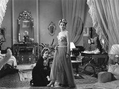 """Paulette Dubost & Nora Grégor - """"La règle du jeu"""" (1939) - Costume designer : maison Chanel"""