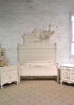 Painted Cottage Prairie Chic Bedroom Set Include Complete Bed Night Stand and Armoire Painted Cottage, Shabby Cottage, Cottage Chic, Shabby Chic Furniture, Painted Furniture, Furniture Ideas, Wrought Iron Headboard, Romantic Homes, Wood Construction