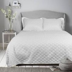 Foundstone Moby Comforter Set & Reviews | Wayfair Most Comfortable Sheets, Online Bedding Stores, Ruffle Bedding, Cool Beds, Bed Styling, Quilt Sets, Fashion Room, Queen, Comforter Sets