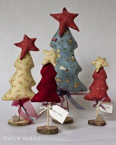 En estas fechas no puede faltar un arbol de navidad, estos los hice las pasadas navidades