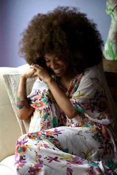 I'm loving this giant afro Curly Hair Styles, Natural Hair Styles, Natural Beauty, Big Hair Dont Care, Pelo Natural, Mode Boho, Natural Hair Inspiration, Style Inspiration, Afro Hairstyles