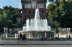 Buongiorno #Milano La fontana davanti al Castello Foto di Franco Brandazzi #milanodavedere Milano da Vedere