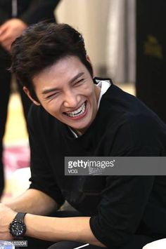 South Korean actor Ji Chang-wook attends a commercial event on September 2015 in Hangzhou, Zhejiang Province of China. Ji Chang Wook Smile, Ji Chang Wook Healer, Ji Chan Wook, Korean Star, Korean Men, Asian Actors, Korean Actors, Korean Dramas, Hot Actors