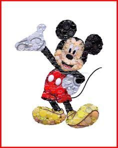 Mickey Mouse Art Button Art Mickey Mouse Collectibles by BellePapiers Disney Kunst, Art Disney, Disney Diy, Disney Button Art, Disney Buttons, Mickey Mouse Kunst, Pop Art Bilder, Button Canvas, Button Button