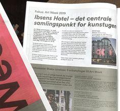 Art Week samarbejder i år med Ibsens Hotel, som ligger i hjertet af København, tæt på Torvehallerne og Nørreport st. Hotellet er hjemsted for kunstugens udenlandske gæster samt Art Weeks infostand, der har åbent hver dag i kunstugen kl.12 - 15.