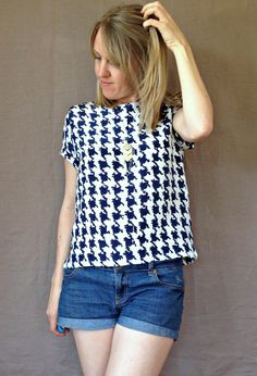 The Inari Tee by Named Clothing. I was so nervous about cutting into my favourite silk for this one! The top looks kinda boxy but has a great fit. Named Clothing, High Street Trends, Sewing Blogs, Sewing Projects, Fabric Shop, Tee Dress, Refashion, Crochet Top, Tees