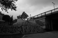 Graffiti - Valladolid B&W Graffiti, My Photos, Sidewalk, Louvre, Black And White, Building, Travel, Blanco Y Negro, Viajes