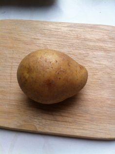 決定版!じゃがいも保存法 Cooking Tips, Cooking Recipes, Preserving Food, Food Storage, Preserves, Sweet Potato, Potatoes, Hacks, Vegetables