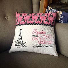 Wonderful Choose the Right Fabric for Your Sewing Project Ideas. Amazing Choose the Right Fabric for Your Sewing Project Ideas. Sewing Pillows, Diy Pillows, How To Make Pillows, Cushions, Book Pillow, Reading Pillow, Sewing Patterns Free, Sewing Ideas, Sewing Projects