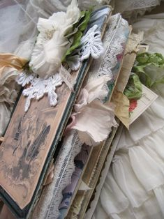 Altered Book  (someone let me know if you've been able to open this link)