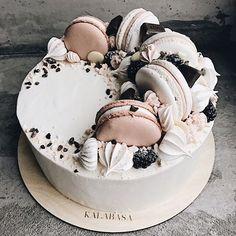 lush #weddingcakes