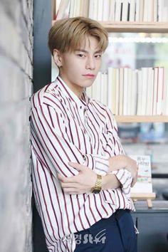 Kim Sanggyun #Produce101 Kim Sang, Fandom, Produce 101, Kpop Boy, Musical, Monsta X, Rapper, How To Look Better, Singing