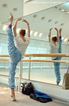 NOT HUMAN. Svetlana Zakharova, Bolshoi Ballet, warming up.Photo © 2006 Marc Haegeman. All Rights Reserved.