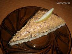 Obrátený jablkový koláč so salkom