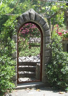 Would love 2 eventually do this at the gardens....Garden Gate - Hand Forged Iron Roses - GG488