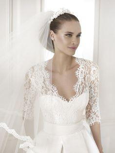 Wedding Dress Pronovias 2015, pre-collection