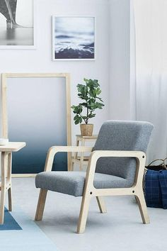 16 Check Out These Scandinavian Home Decor Trends - Keeping up with trends is somewhat naïve or showing instability in your mood and choices. But you won't go wrong with these Scandinavian home decor ones. Plywood Chair, Plywood Furniture, Diy Furniture, Furniture Design, Stylish Chairs, Cool Chairs, Lounge Chairs, Teak Outdoor Furniture, Mid Century Modern Armchair