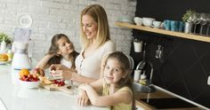 Mannatech's TruPLENISH™ Nutritional Shake is a healthy and cost effective breakfast alternative for busy days that you can prepare for the whole family in under a minute. Healthy School Snacks, After School Snacks, Healthy Sweets, Healthy Kids, Healthy Recipes, Chocolate Alternatives, Frozen Appetizers, Wellness Clinic, Nutrition Shakes