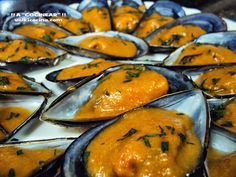 My Favorite Food, Favorite Recipes, Mussels, Ceviche, Finger Foods, Oysters, Cantaloupe, Food To Make, Seafood