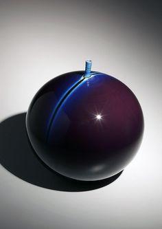 Tokuda Yasokichi III, Japanese glazed porcelain, Japanese Kutani-glazed porcelain, Japanese blue globular vase, 2000
