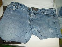 A great idea for those old jeans!