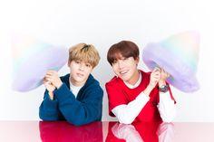 [Picture] BTS' J-Hope & Jimin at Yahoo! Live Magazine [180309]