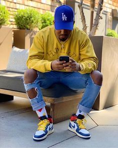 not the hat//; Dope Outfits For Guys, Swag Outfits Men, Stylish Mens Outfits, Summer Outfits Men, Black Men Street Fashion, Mens Boots Fashion, Black Men Summer Fashion, Thug Fashion, Trill Fashion