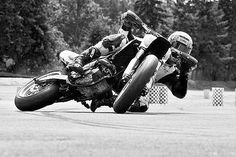 Drifting a bike The expert level of controlling your fear SuperMoto- how low can… Street Bikes, Road Bikes, Ktm 690 Smc, Velentino Rossi, Enduro, Moto Bike, Tracker Motorcycle, Motorcycle Racers, Transporter