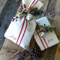 150 Creative Christmas Gift Wrapping Ideas - Prudent Penny Pincher From elegant Christmas gift wrapping to fun Christmas gift wrapping for kids, there are plenty of DIY ideas for everyone. Christmas Present Wrap, Creative Christmas Gifts, Christmas Gift Wrapping, Christmas Crafts, Christmas Decorations, Christmas Presents, Merry Christmas, Elegant Christmas, Country Christmas