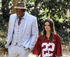 "Hart of Dixie 1.02 ""Parades & Pariahs"" - Lavon and Zoe"