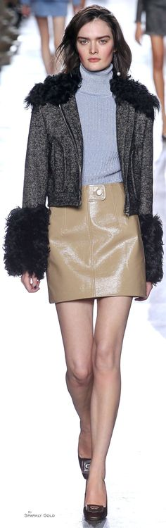 Topshop Unique Fall 2015 Women's Runway Fashion, Fashion Trends, Fashion Details, Topshop Unique, Fall 2015, Winter 2017, Colorful Fashion, Leather Fashion, Vintage Looks