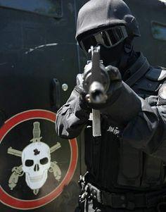 PMERJ Polícia Militar Estado do Rio de Janeiro. BOPE. Batalhão de Operações Especiais. (Brasil)