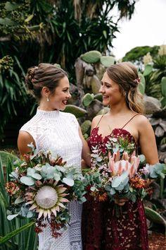king protea bouquets by Sydney florist Petal & Fern - love the bouquet Protea Wedding, Floral Wedding, Wedding Bouquets, Wedding Flowers, Wedding Dresses, Sydney Wedding, Dream Wedding, Wedding Day, Wedding 2017
