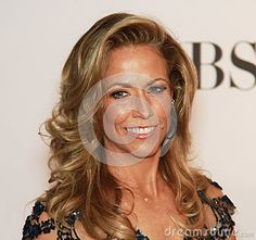 © Laurence Agron   Dreamstime.com - Singer, songwriter, country rock Grammy-winner Sheryl Crow arrives on the red carpet of the Beacon Theatre in New York City for the 66th Annual Tony Awards on June 10, 2012.